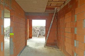 Hauseingang – Treppenhaus