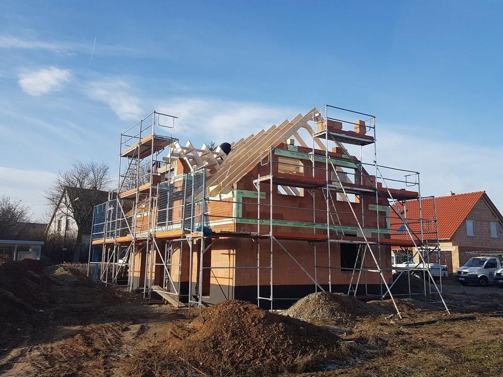 Einfamilienhaus mit Erker in Hardegsen | G&S Bauwerk ...